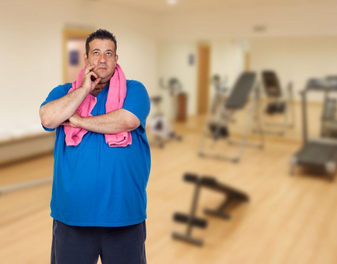 Одновременно сжигать жир и набирать мышечную массу получается только поначалу, и не у всех