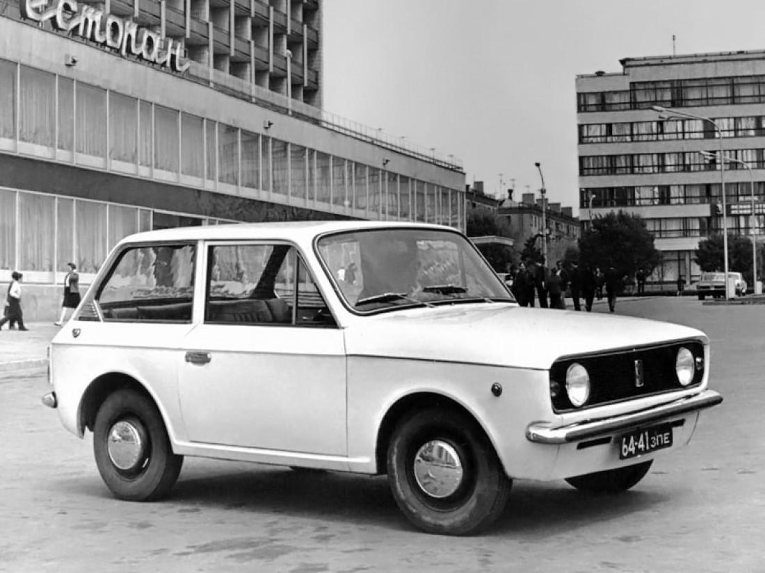 ЗАЗ-1102,
