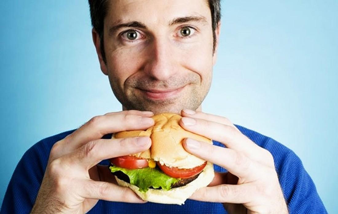 Чем медленнее ешь и тщательнее пережевываешь, тем стройнее будешь
