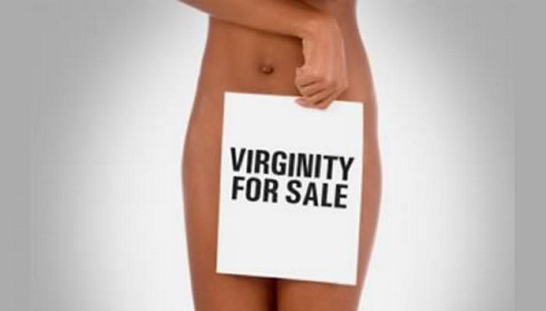 Unigirl была в шоке от того, сколько ой предложили за девственность