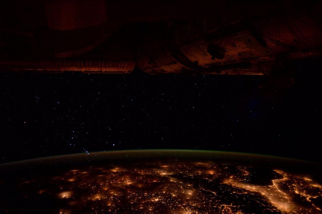 Огни ночной Европы с борта МКС