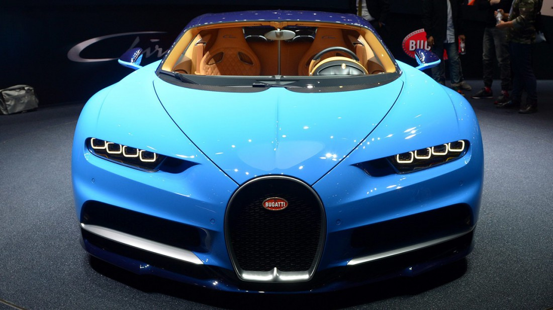 Сильный и стильный Bugatti Chiron