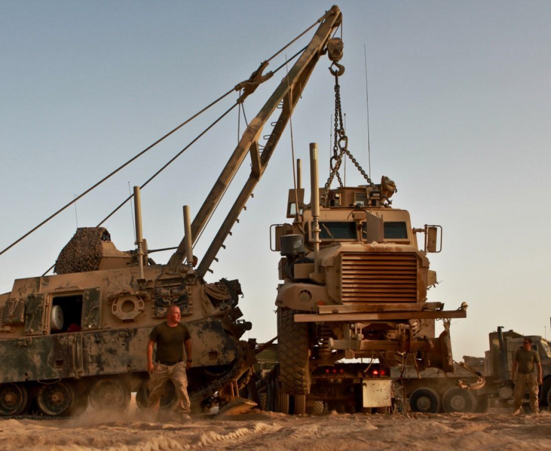 Армейский гусеничный эвакуатор М 88