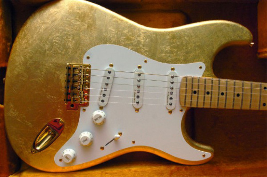Eric Clapton's Gold Leaf Stratocaster — $455,5 тысяч