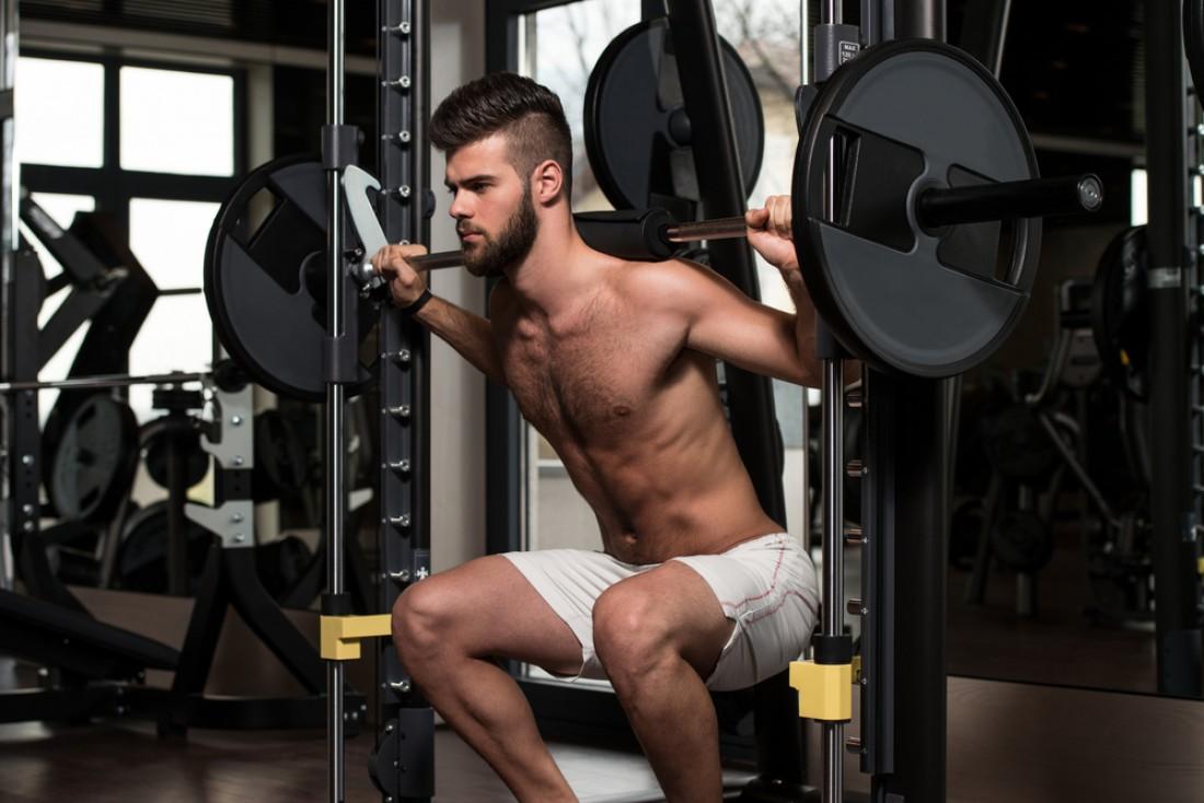 Любую тренировку начинай с разминки. Только после этого переходи на рабочий вес