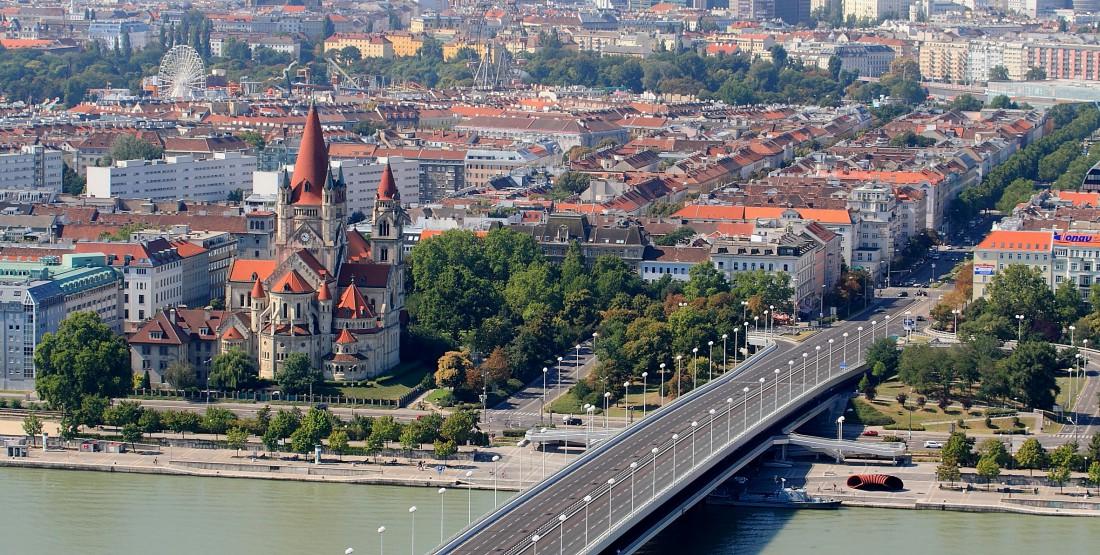 Начинай свое путешествие по Австрии с Вены