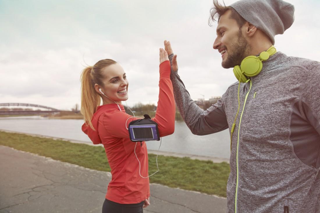 Как стать счастливым? Купи спортивных вещей — и быстро на тренировку
