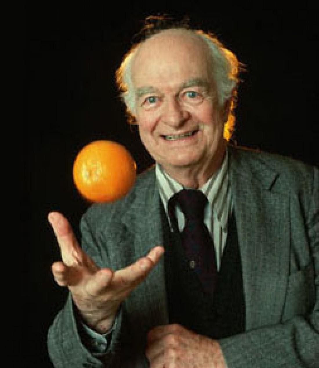 Лайнус Полинг — ученый, съедавший по 12 000 мг витамина C в сутки