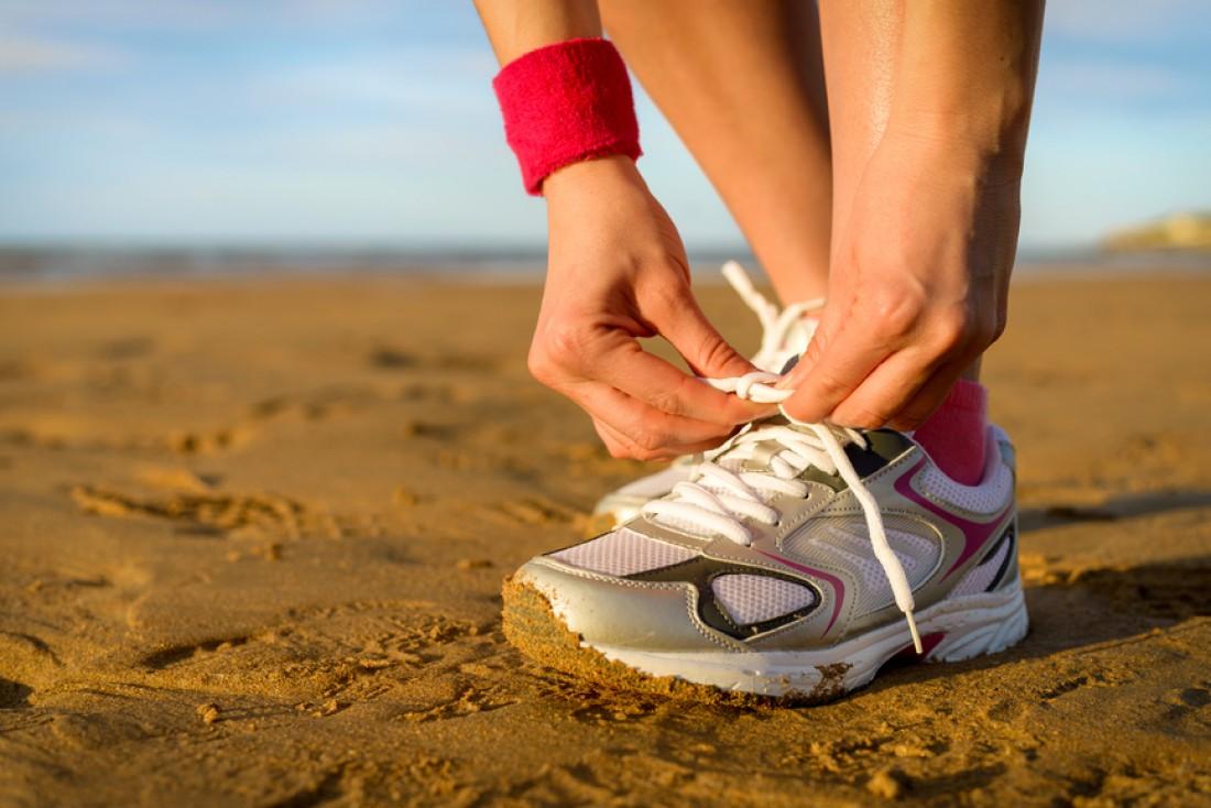 Хорошие спортивные кроссовки — первое, что должно быть в твоем спортивном гардеробе
