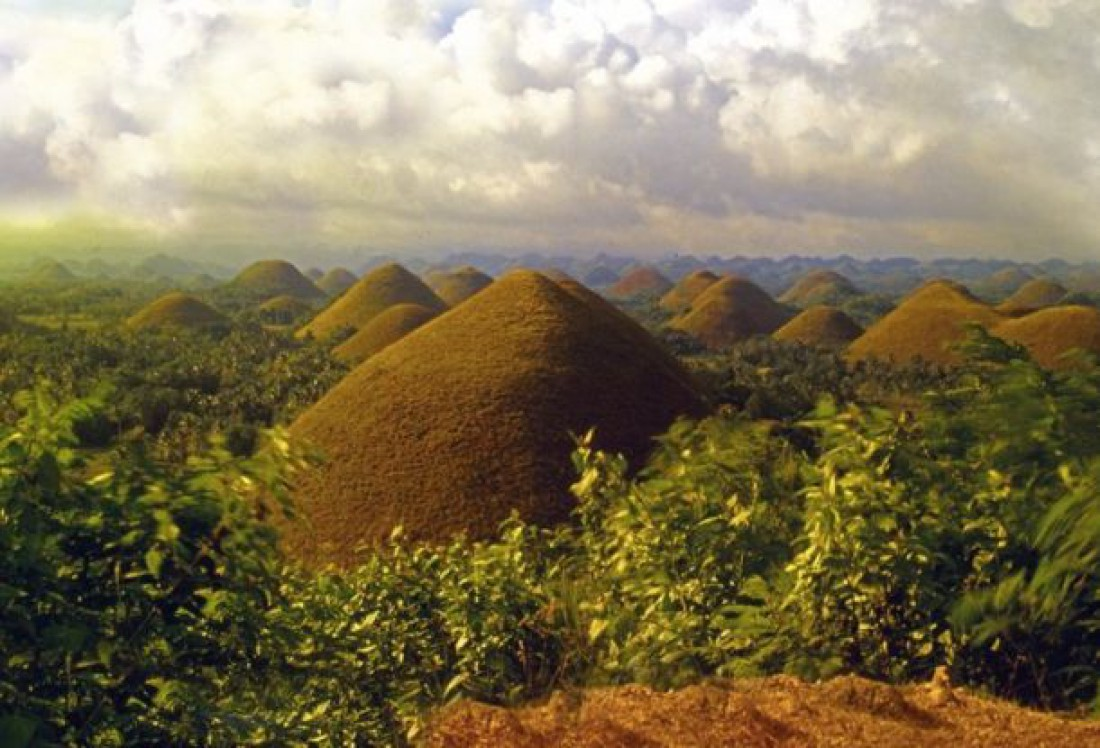 Шоколадные холмы, Филиппины