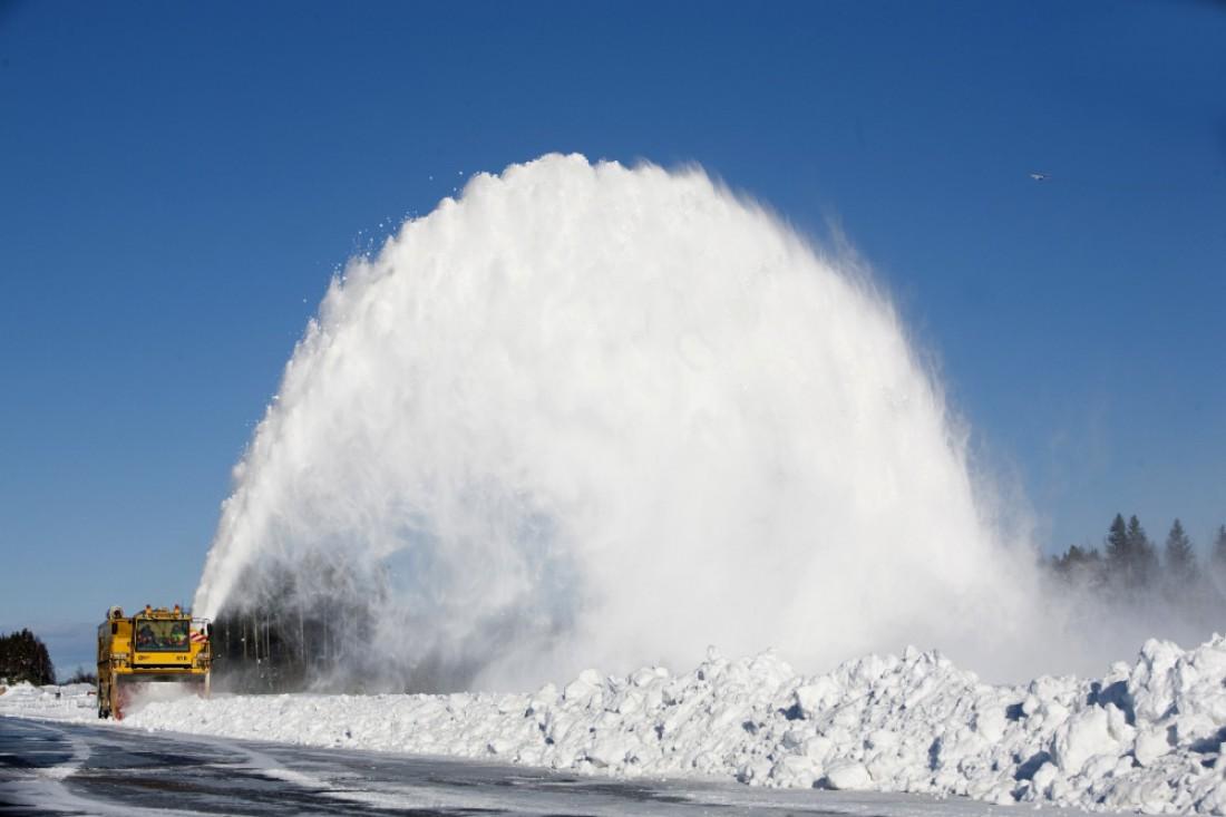 Overaasen TV 2000 — самая мощная снегоуборочная машина в мире