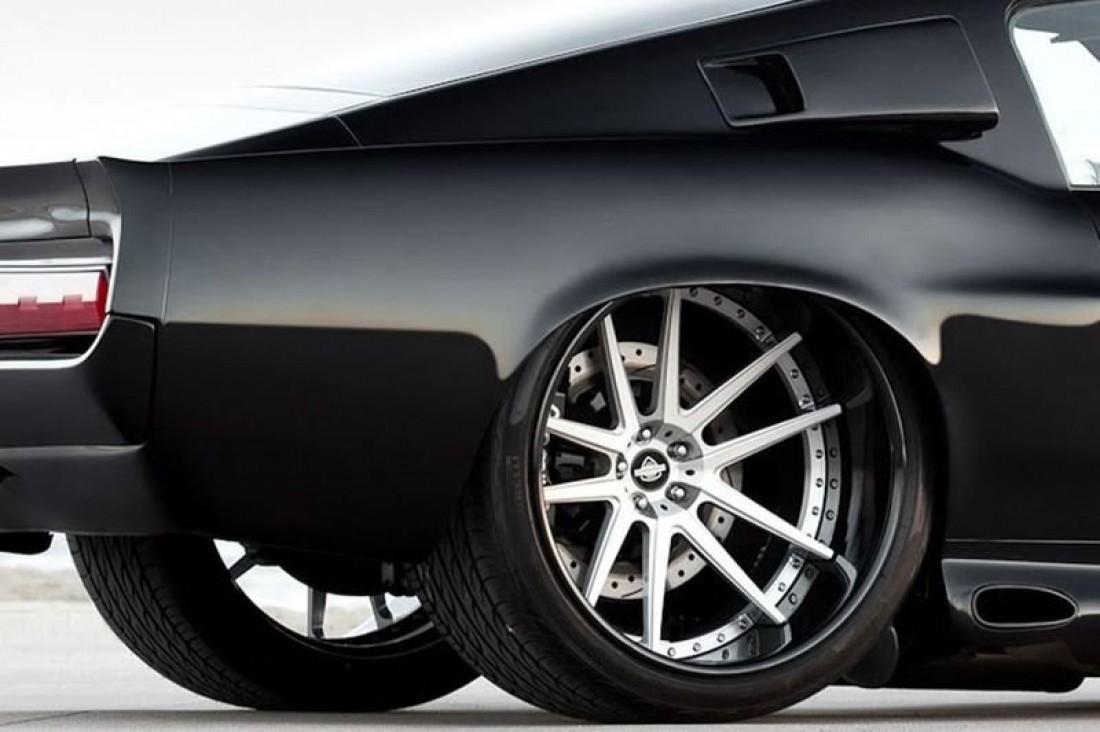 Pirelli P Zero Nero. Прайс — $450 за штуку