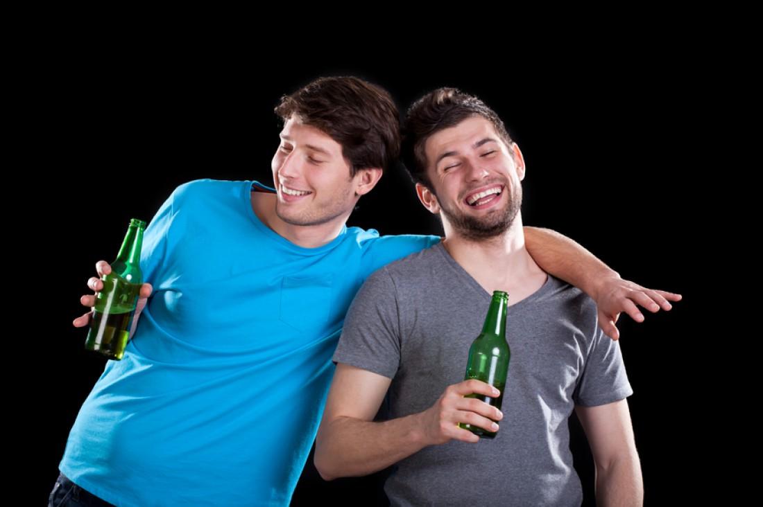 Всегда поддерживай друга: в горе, радости, и пьянке