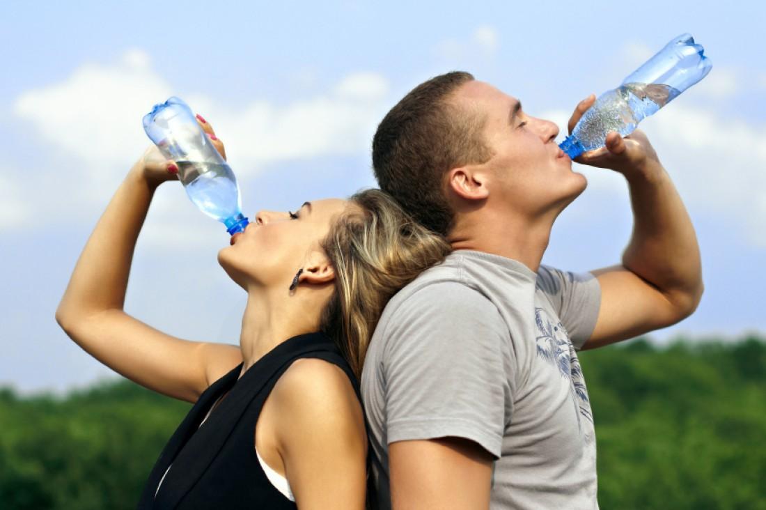 Много воды стоит пить только тогда, когда мучает жажда