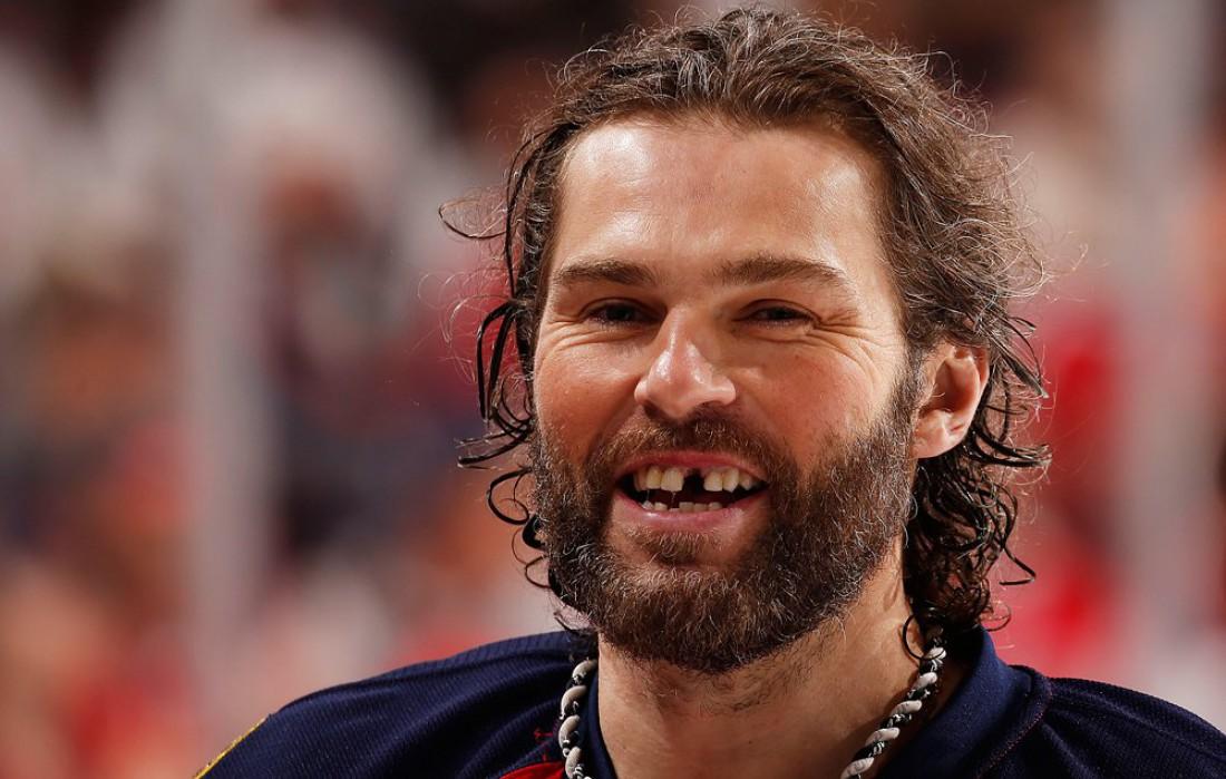 Яромир Ягр — профи-хоккеист с выбитым зубом и некрасивой бородой