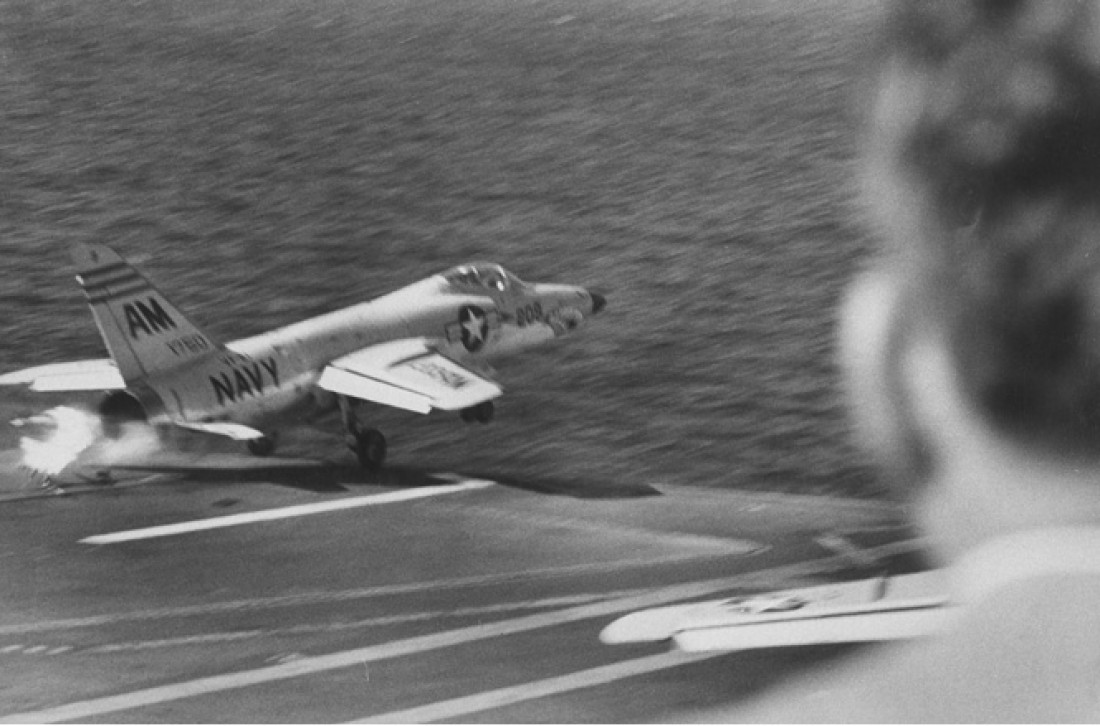 F-11F Tiger, расстрелявший сам себя