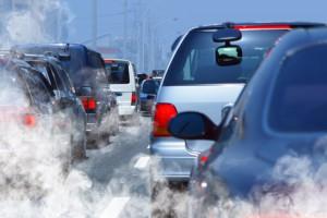 Автомобильные выхлопы способны «оглупить» мозг