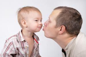 Пой и говори с ребенком – и он заменит тебе всех докторов