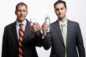 Пей стаканами: лучший способ