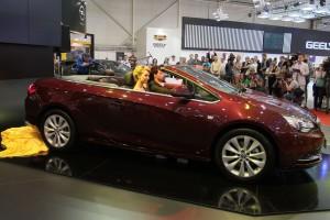 SIA 2013: Opel Cascada