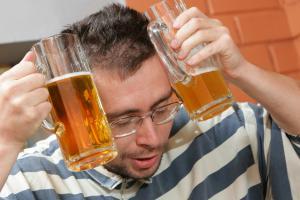 Просто пивом похмелье не прогонишь
