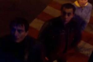 Двое мужчин оскорбляли водителя трамвая