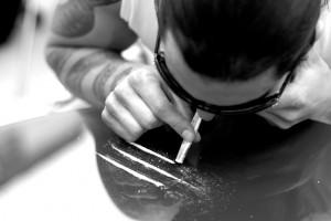 Кокаин: M PORT его на нюх не переносит!
