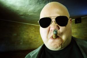 Человек с сигарой – это звучит грозно