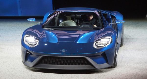 Новый Ford GT представили в Детройте