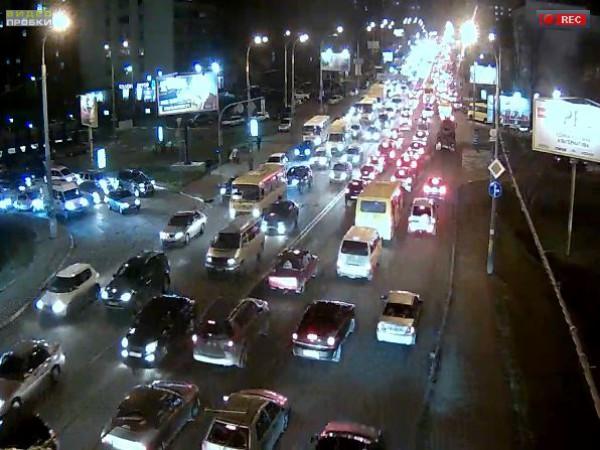 Пробки в Киеве: улица В. Черновола с Воздухофлотского моста