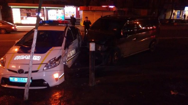 Авария с полицейскими в Киеве