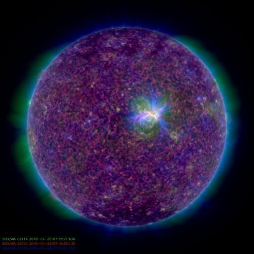Комбинированный снимок Солнца