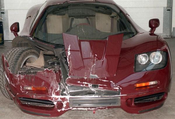 Разбивал Аткинсон свой суперкар и раньше, а именно в 1999 году