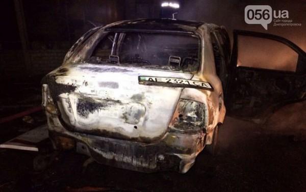 На АЗС сгорели два авто
