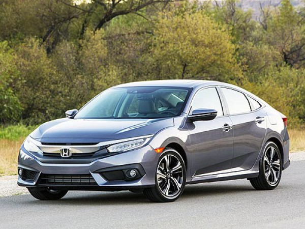 Honda Civic признан Автомобилем года в Канаде