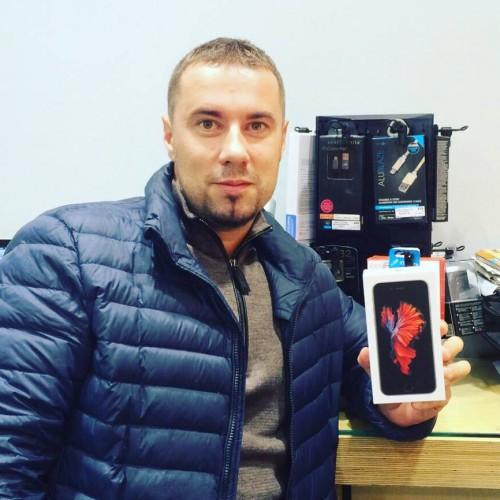 Старт продаж iPhone 6S в Украине