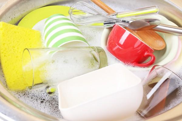Как вымыть посуду без моющих средств: ТОП-7