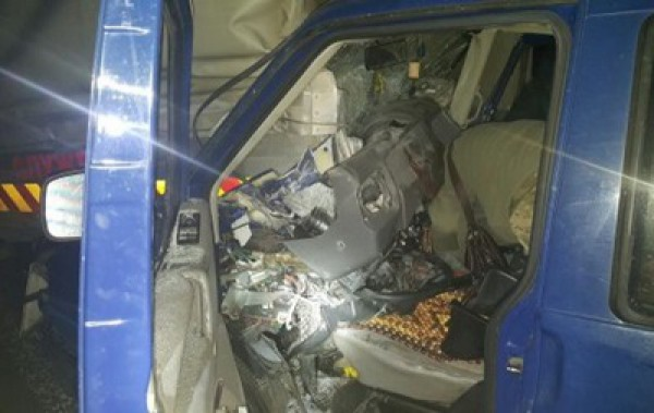 Volkswagen с бойцами попал в аварию