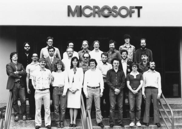 Компания Microsoft 30 лет назад