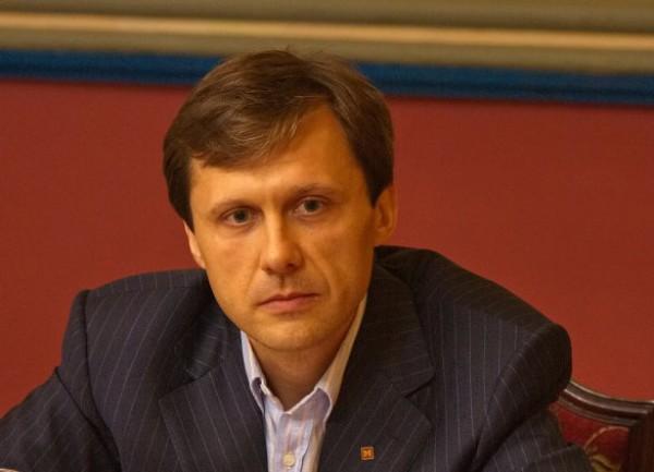 Шевченко лоббирует льготы на электромобили