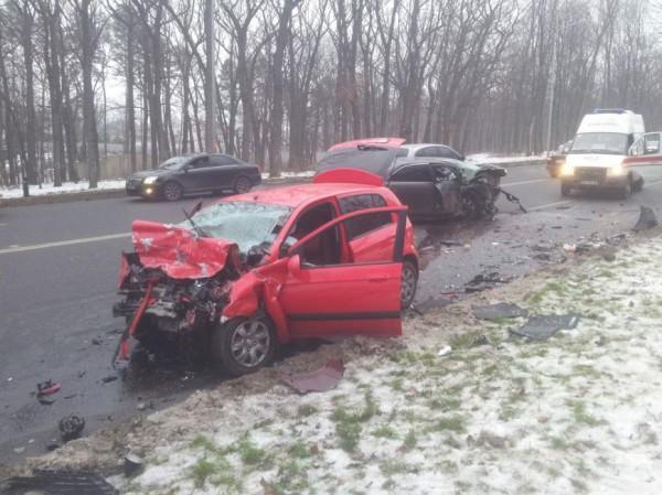 За рулем Toyota был 37-летний Сергей Мищенко, сотрудник харьковского УБОП
