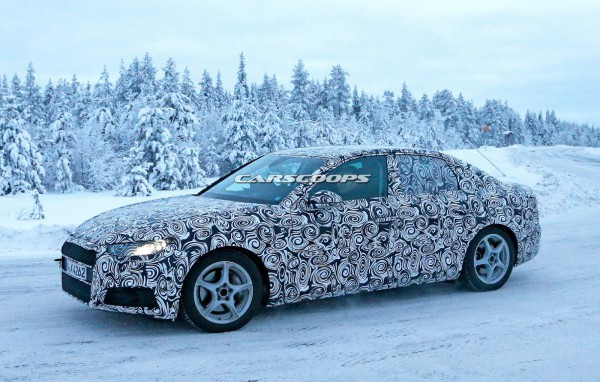 Новая Audi A4 на тестах