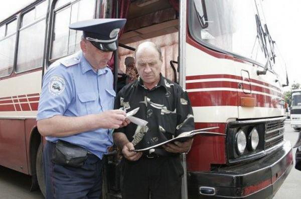 Проверять будут водителей грузовиков, автобусов, такси