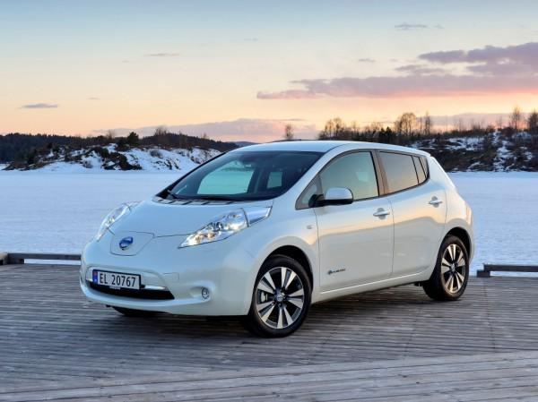 Nissan Leaf может стать дешевле