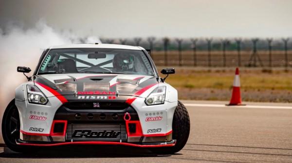 Nissan GT-R Nismo установил мировой рекорд по самому быстрому дрифту