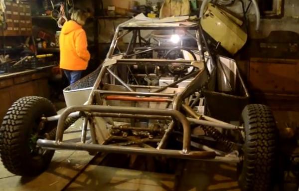 Багги в гараже создателя