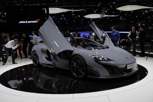 Новый спорткар McLaren 675LT