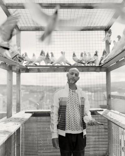 Профессиональный фотограф года - Крейг Истон. Серия под названием 'Bank Top'