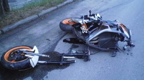 ДТП на улице Борщаговской. Погибли мотоциклист и его пассажир