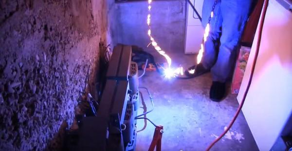 Через цепь пропустили электричество